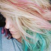 haarkreide auf blondiertem haar
