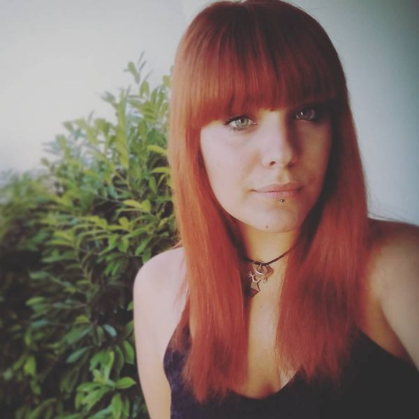 Pony frisur rote haare