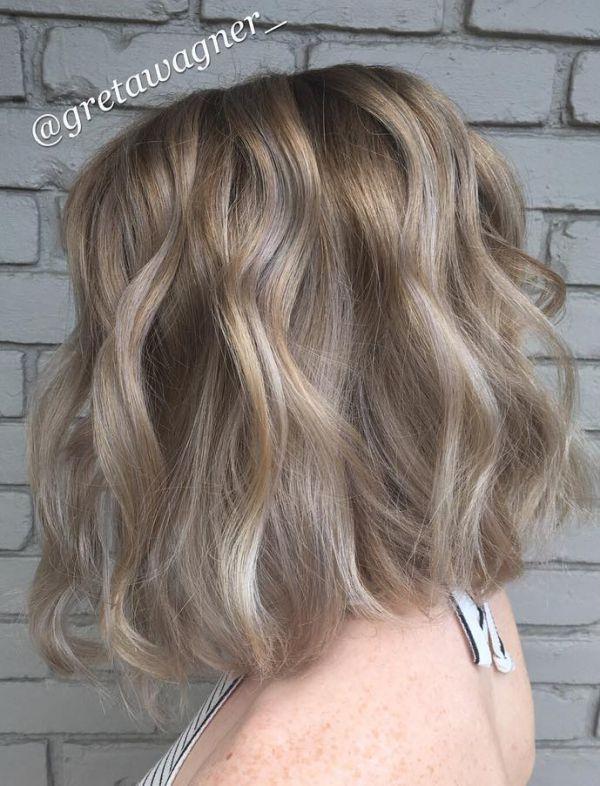 Blond mit grauen strähnen