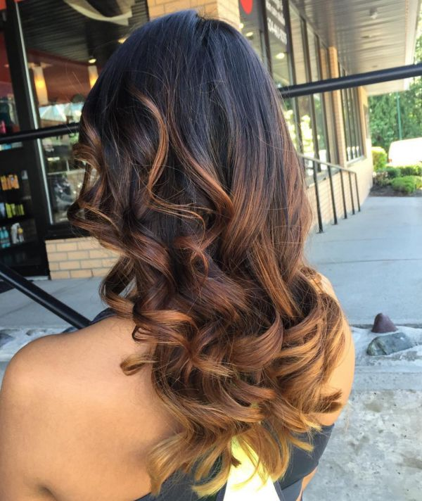 braune haare mit caramel highlights