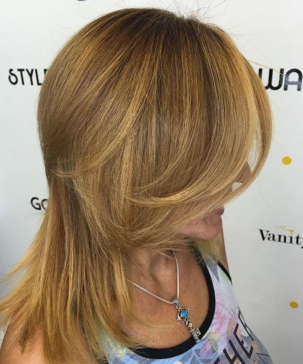 Goldblond mit hellen strähnen