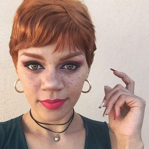Pixie cut mit rote haare für rundes gesicht