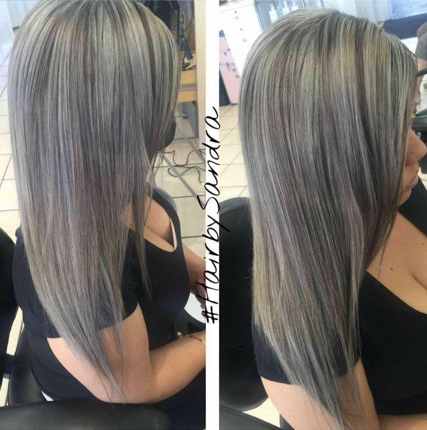 Grau mit schwarzen Strähnen