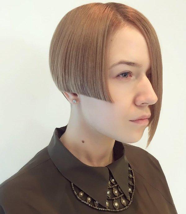 asymmetrische Bob Haarschnitt