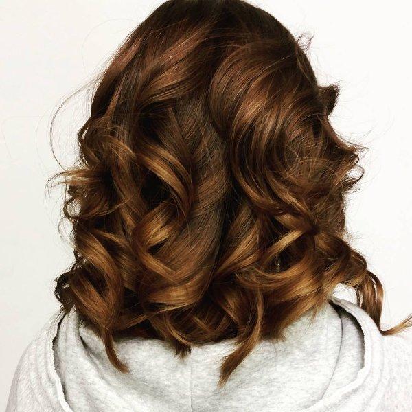 Goldbraun Haarfarbe